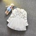 2016 новая весна осень младенческой платье свободного покроя ребенок белое платье 0 - 2 год рождения платье хлопка с длинным рукавом твердые девочка платья