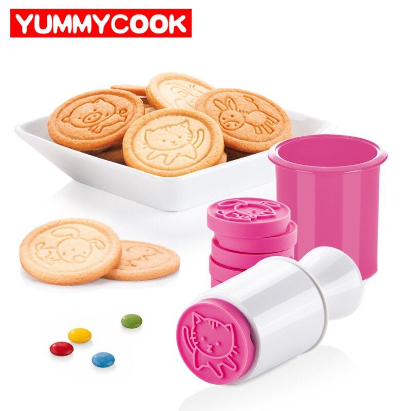 6 teile/satz Cartoon Briefmarken Formen Weihnachten Baum Cookie Werkzeuge Kuchen Dekoration Backformen Küche Gadgets Zubehör Liefert Produkt