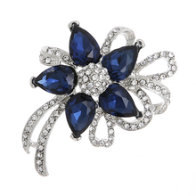 Fashion Men Crystal Brooch Popular Enamel Blue Large Flower Brooches for Women Pins Rhinestone Bouquet Wedding Jewelry Gift