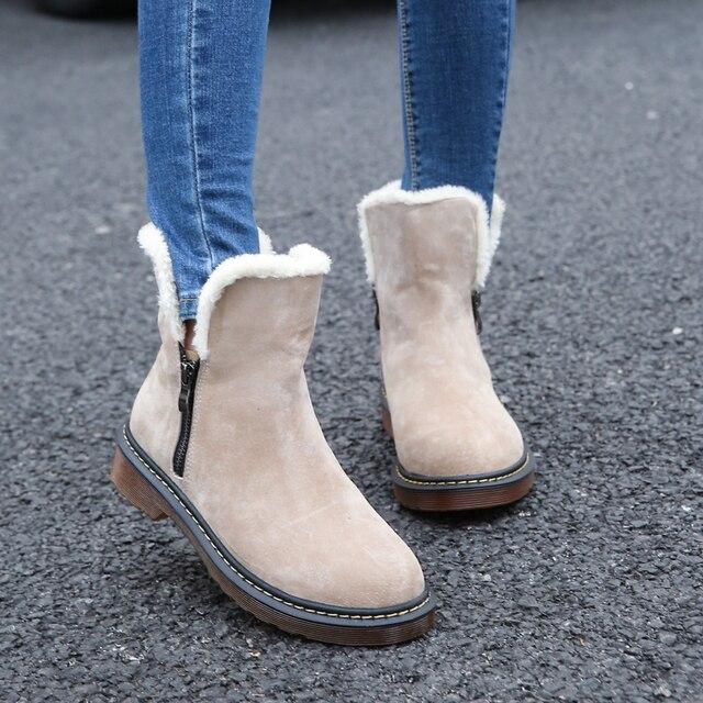 Модные ботинки осень-зима Пояса из натуральной кожи замши Фирменная Новинка Для женщин Зимние ботинки на плоской подошве обувь с плюшевой подкладкой женские Обувь Большие размеры 35–43