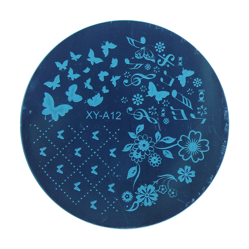Kimcci 1pc Christmas Style Nail Art Stamping Plates Fashion Design DIY 3D Image Round Templates Stencils Manicure Tools MakeuP