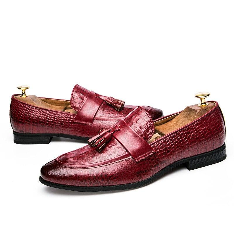 2019 Luxe Noir Bureau Cuir En Serpent De Robe Mode Pompon Italien Hommes Peau Nouveau Design Directe Livraison rouge Formelle Avec Chaussures rgHwr8q