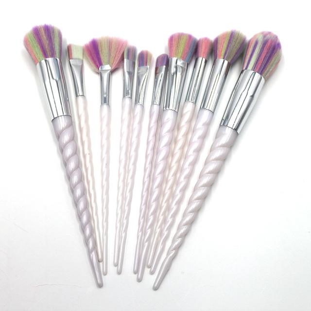 Dom supremo Uni Novo Olhar Maquiagem Revolução Milho Alça Espiral Beleza Menina Colorido Cabelo Sintético 10 pcs Pincéis de Maquiagem Conjunto