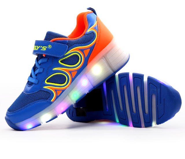 Kids  Shoes with LED Lights Children Roller Skate Shoes with Wheels Kids Sneakers with Led Light Up for Boys Girls
