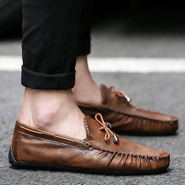 Men's Loafers Italian Moccasins Slip On Leather Casual Shoes Male Driving Black Flats Sneakers Zapatillas Hombre