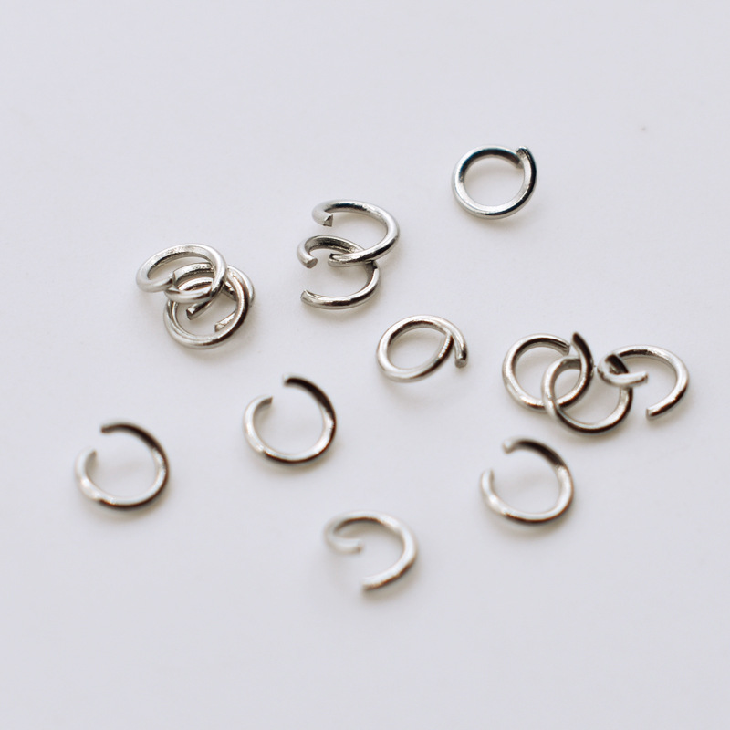 100pcs lot Stainless Steel 0 6mm Thickness Open Jump Split Ring Connector Fit DIY Necklace Bracelets Jewelry Making Materials in Jewelry Findings Components from Jewelry Accessories