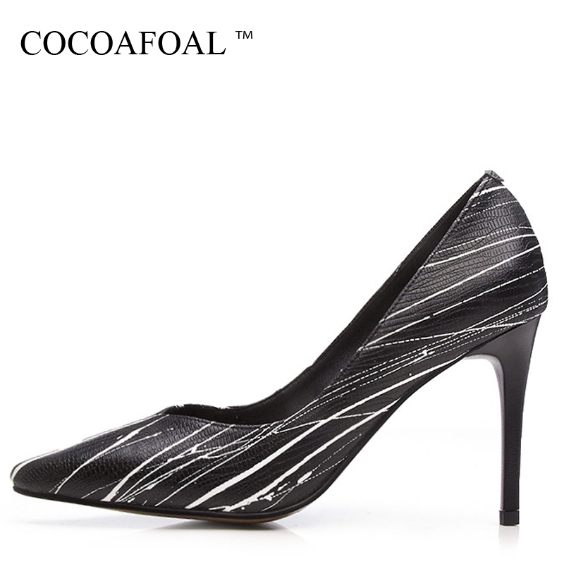 COCOAFOAL Woman Wedding High Heels Shoes Black Fashion Sexy Pumps Stiletto Pointed Toe Stiletto Party Career White Pumps 2018 cocoafoal woman pointed toe pumps pink black brown fashion sexy high heels shoes snakeskin genuine leather career pumps 2017