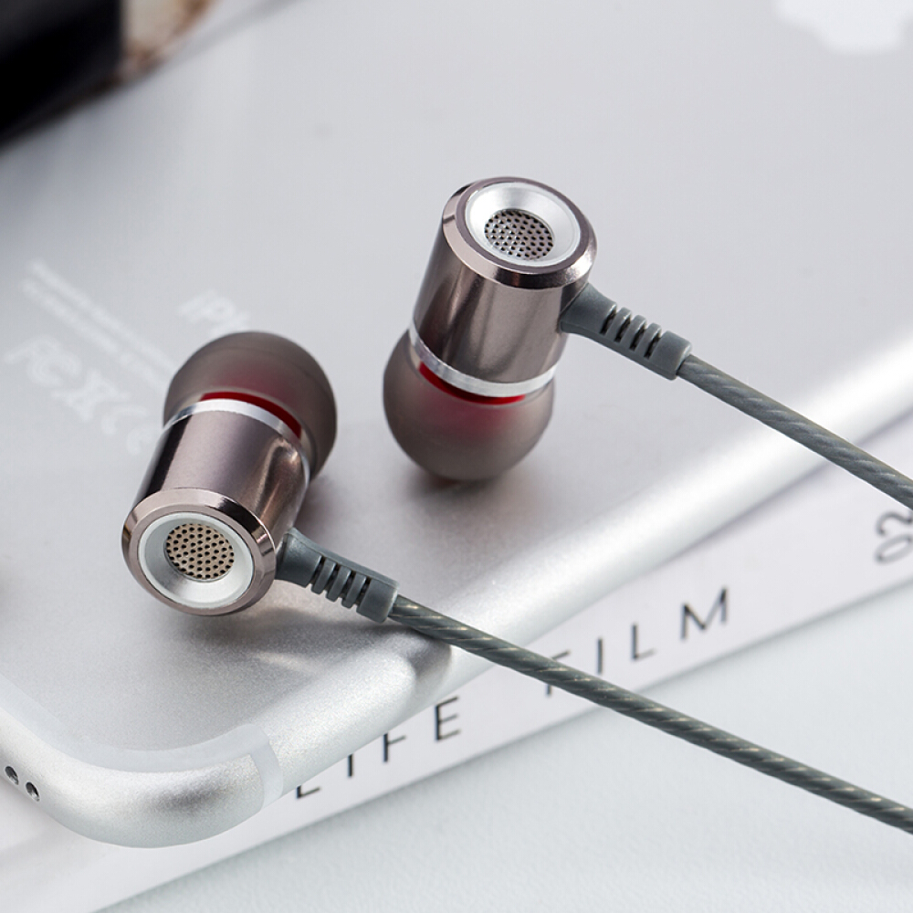 Wholesale M400 Phone Call 3 55mm Metal Earphones With Microphone Super Bass Earphone Headset For Iphone Xiaomi Smart Phone A598