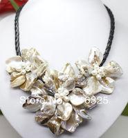 Snelle VERZENDING>> Mode-sieraden 3 witte mop shell parel bloem hanger ketting 18