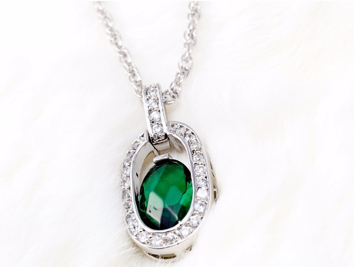 Women\'s AAA+Zircon Emerald Crystal Pendant Necklace Luxury CZ Diamond Women Brand Jewelry Gold Plated Necklace Collars Mujer Hot 2