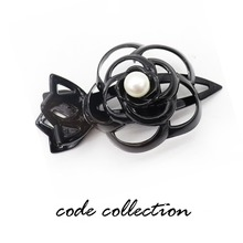 Fashion Hollow Flower Rose Pearl Hair Claw Clip For Women Girl Wedding Jewelry Accessories Feeder