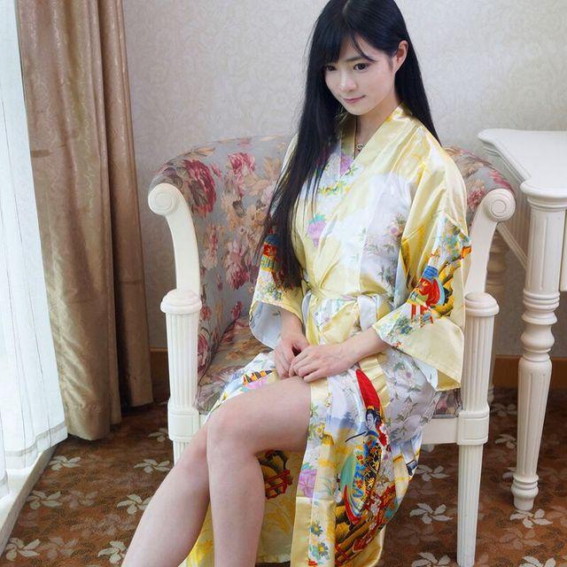 Nueva Llegada de Las Mujeres Chinas de Seda del Faux Larga Kimono Albornoz Bata Yukata Camisón Pijama Mujer de Oro Del Verano Un Tamaño Mys004