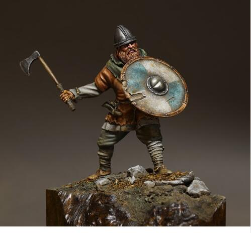 1/24 75MM Viking With Shield     Resin Model Miniature  Figure Unassembly Unpainted
