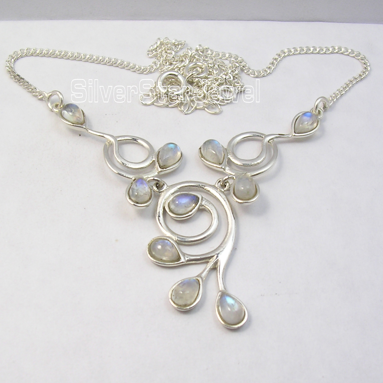Chanti International Silver RAINBOW MOONSTONE GEMSET Necklace 16 3/4 Inches 9.6 Grams