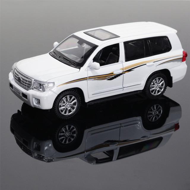 1:32 Nuevo Land Cruiser Modelo de Aleación de Coche Tire Hacia Atrás de Sonido Luz Kids Toy SUV Original Envío Gratis Regalo Del Muchacho