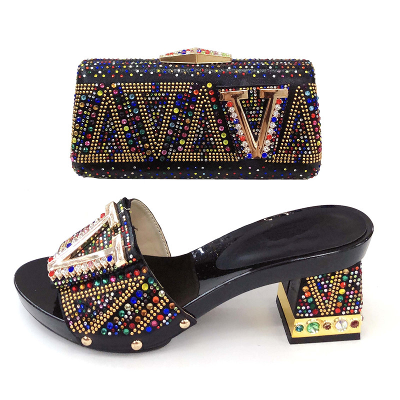 Juego Italia Sb8356 Piedras Con Bolsa Negro Muchas 3 Diseño Alta Y Última Bolso Calidad A Zapatos De Moda F8p8vI