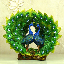 Plumage Spreading Peafowl Couple Statue Handmade Resin Peacock Lovers Sculpture Mascot Decor Craft Gift Ornament Accessories