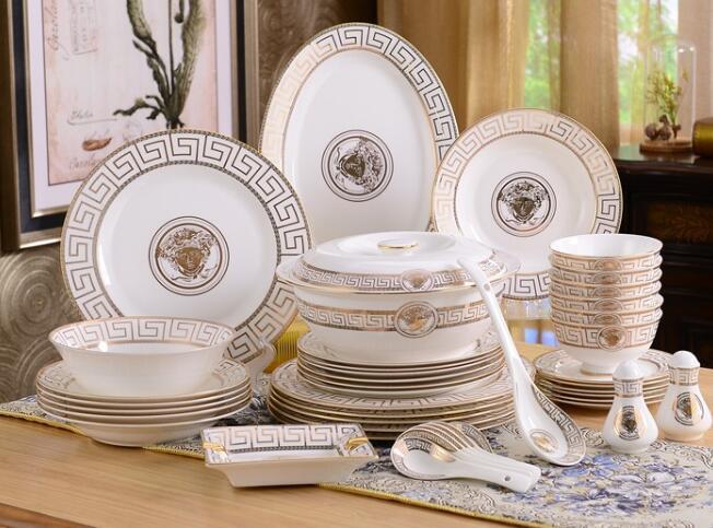 Porcelain dinnerware set bone china fashion home furnishing outline in gold 58pcs dinnerware sets dinner set coffee set gift