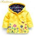 Kindstraum 2017 nuevas muchachas de la marca de la chaqueta trajes de primavera y otoño los niños de la flor impermeable niños de la capa de deportes prendas de vestir exteriores encapuchada, mc371