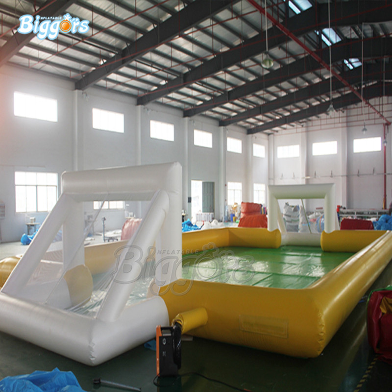 Outdoor Hot Selling Soap Stadium Inflatable Football Field Water Soccer Field With Blowers