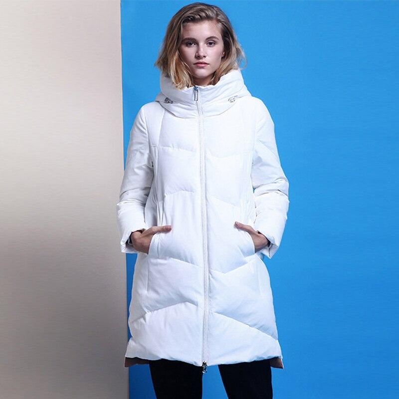 YNZZU Elegant Womens   Down   Jacket Brand 2018 Winter Mid-Long 90% White Duck   Down     Coat   Women Warm Hooded Loose Ladies Outwear O713