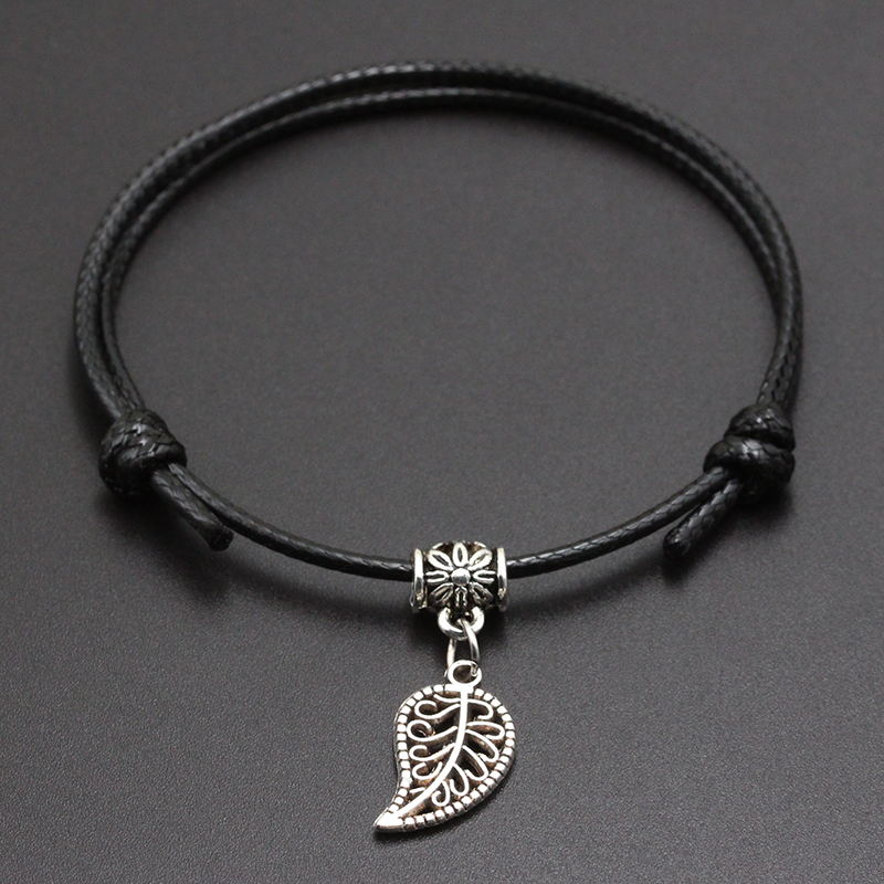 2020 New Small Leaf Pendant Red Thread String Bracelet Lucky Black Coffee Handmade Rope Bracelet for Women Men Jewelry