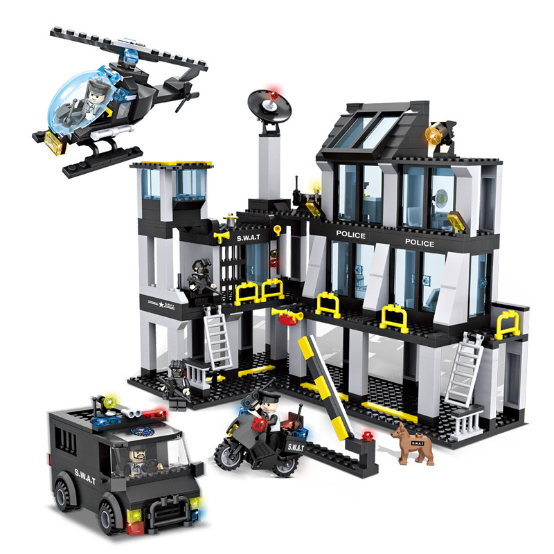 743pcs Special police series DIY figures Bricks Compatible city SWAT Headquarters Hall Children s educational blocks
