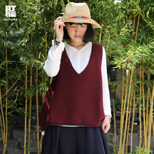 Outline Women Solid Red Sleeveless Vests Vintage Deep V-neck stripes knitting  Loose Lady Autumn Pullover Waistcoats  S171Y001
