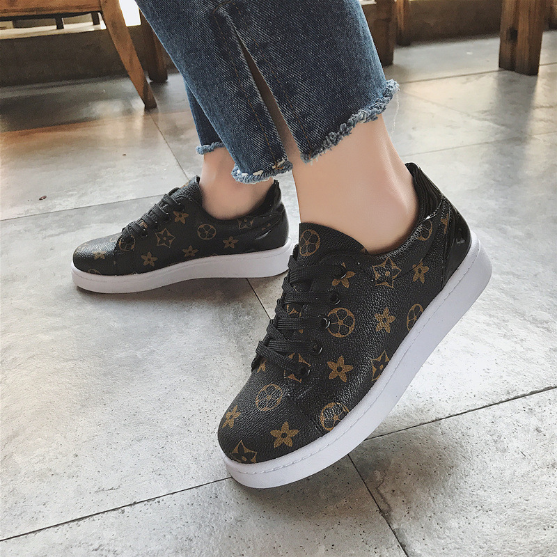 2018 New Luxury brand Spring Autumn Designer leather Star shoes women sneakers fashion Classic Lace-up Ladies Casual flat shoes smile circle spring autumn women shoes casual sneakers for women fashion lace up flat platform shoes thick bottom sneakers