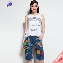 Runway Women Suit Set 2017 New White Beading Letter Print T Shirt+ High Quality Embroided Beading Half Jeans Free Fast Express