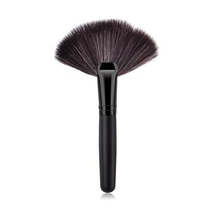Image 2 - 1Pcs Soft Makeup Large Fan Brush Foundation Blush Blusher Powder Highlighter Brush Powder Dust cleaning brushes Cosmetic Tool