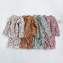 Весенне-осенний пижамный комплект для маленьких мальчиков и девочек от 18 месяцев до 8 лет, Детская Ночная сорочка с леопардовым принтом, одежда для отдыха хлопковое вечернее платье для девочек