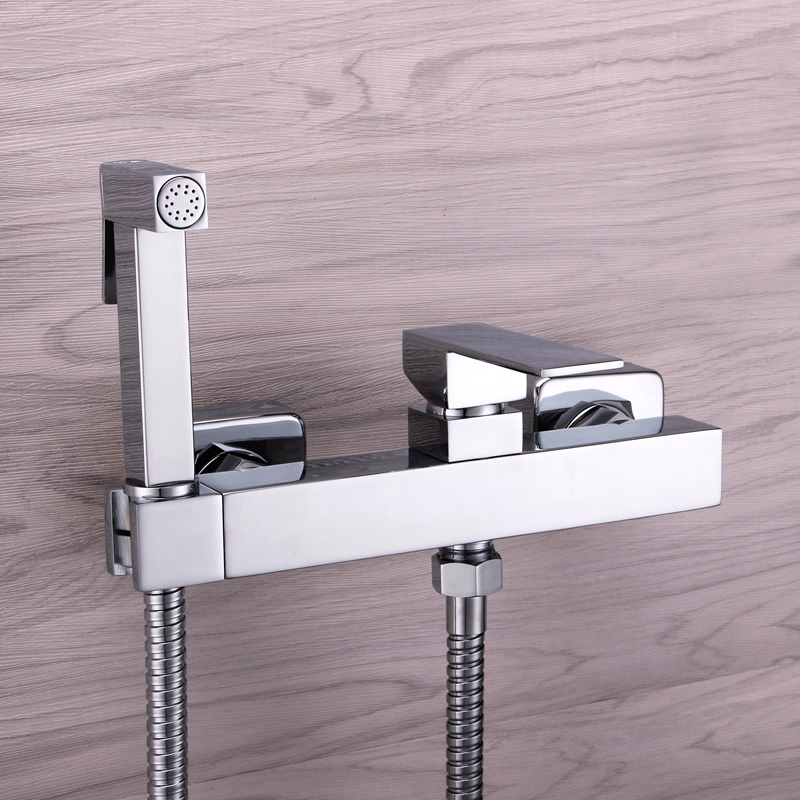 все цены на Brass Toilet Handheld Bidet Spray Shower Sprayer Set With Hot and Cold Mixer Valve Chrome Faucet Nozzle Seat Cleaner Bidet онлайн