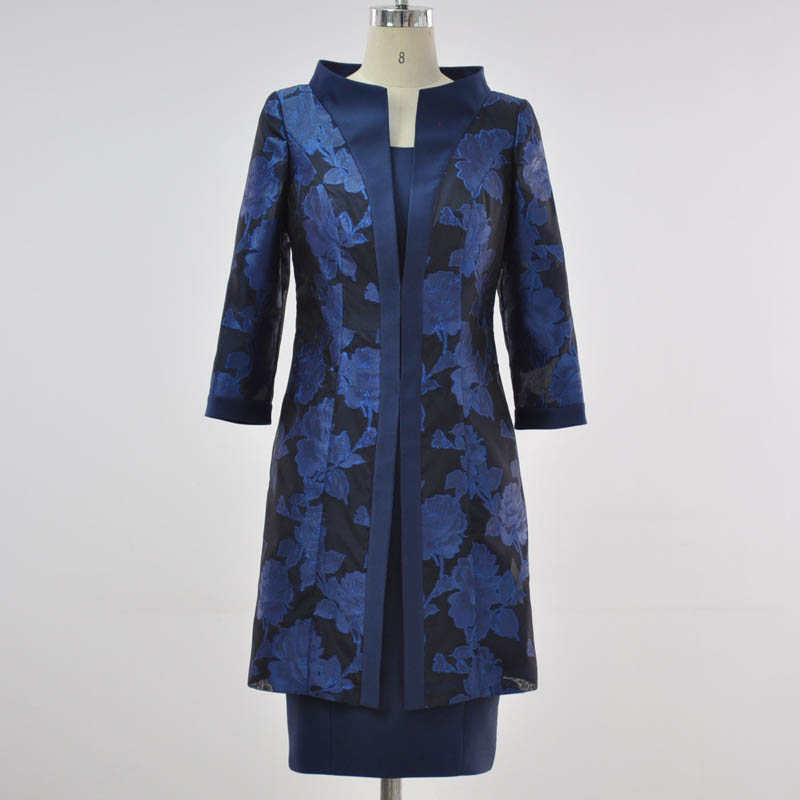 Big flower jacquard, long coat, satin belt, bow tie and knee-Length Dress two piece.