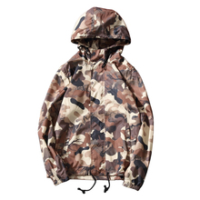 2017 new Men s fashion leisure hooded jacket overcoat Men high quality trench coat Camouflage colors