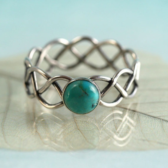 Bamos Vintage Green Stone Ring Simple Silver Color Cross Wave Ring Unique Natural For Women Bohemian turquoise JewelryBamos Vintage Green Stone Ring Simple Silver Color Cross Wave Ring Unique Natural For Women Bohemian turquoise Jewelry