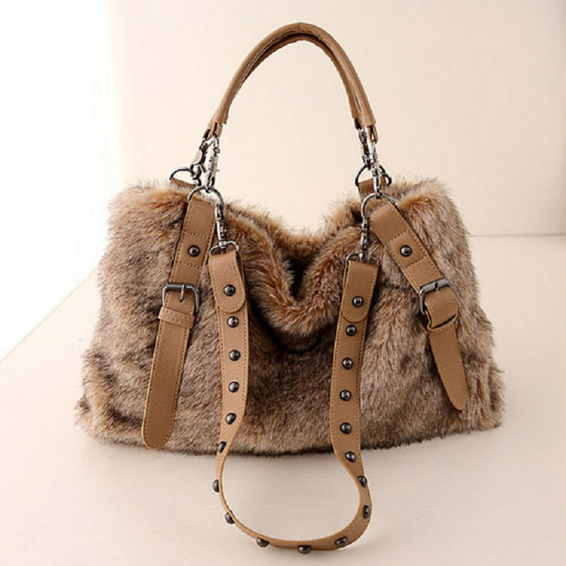 2019 Autumn And Winter Women Shoulder bag Fur Female High Capacity Fashion Zipper Bags  High Quality Women Massage Bags 749 Сумка