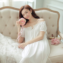 2017 New Summer Short Sleeved White Cotton Lace Nightdress Retro Royal Style Female Clothing Home Furnishing Long Nightgown.
