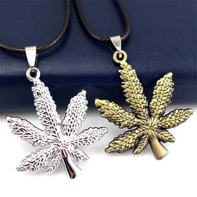 ZN New Gold Silver Plated Cannabiss Small Weed Herb Charm Necklace Maple Leaf Pendant Necklace Hip Hop Jewelry Wholesale 3