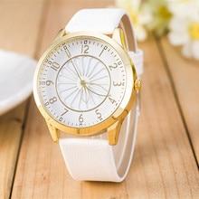 9 couleurs Vente Chaude Fleur Montre Femmes Dames De Mode Montre Faux en cuir Élégant Analogique Quartz Montre Femme Horloge 2017 Chaude vente