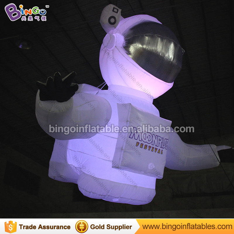 Hot sale Inflatable Cosmonaut Toys 2.5m Long Inflatable Spaceman Model Giant Inflatable Astronaut Balloon with LED Lightings ao058h 2m helium balloon ball pvc helium balioon inflatable sphere sky balloon for sale