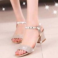 Women Sandals 2017 Summer High Quality PU Fashion Crystal Sandals Women Comfortable Buckle Med Heel Sandalias