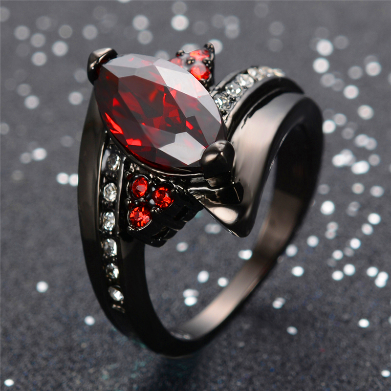 2016 Luxury Marquise Cut Red Ring Red Garnet Women Charming Promise