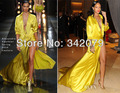 Ph02190 gótico vitoriano vestido vestido de cetim amarelo fenda Rihanna vestido 2015 do baile de finalistas vestidos de Celebridades Vestido Do Tapete Vermelho 2015