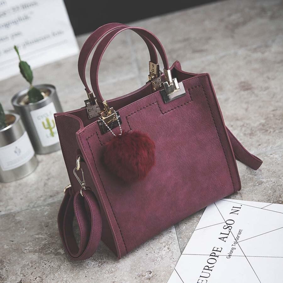 Сумка LANLOU, женская сумка на плечо, роскошные сумки, женские сумки, дизайнерская Высококачественная кожаная сумка-почтальон с помпонами, женская сумка - Цвет: purple