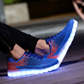 Moda 7 cores LED com carga USB ar sapatos casuais apartamentos dos homens malha respirável malha sapatos fluorescentes sapatos shuffle