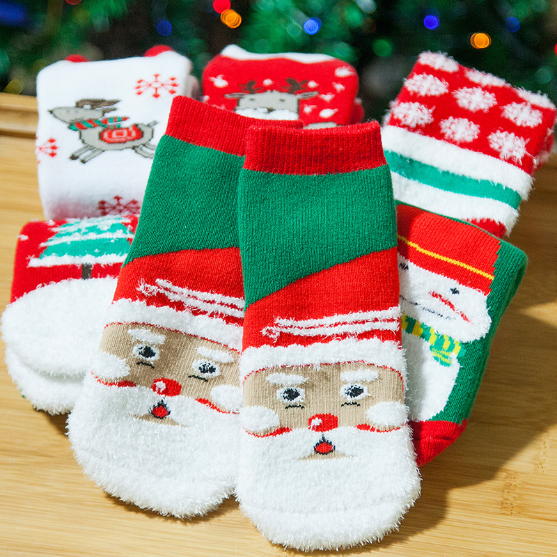 2018 Kids Christmas Socks Santa Children Patterned Socks Thicken Xmas Themed Gifts Baby Cartoon Father Christmas Socks New Year
