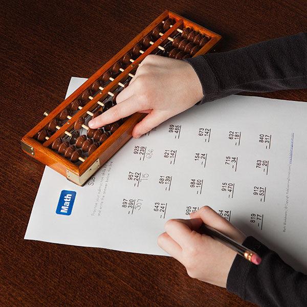 jaapani abacus soroban tahke puidust raami plastik helmed Klassikaline hiina abacus mänguasi arendab lapse luure