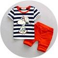 2 unids niños chándal de algodón de la raya del verano perro de dibujos animados sistemas de la ropa del bebé ropa de los muchachos embroma la camiseta traje de pantalones cortos