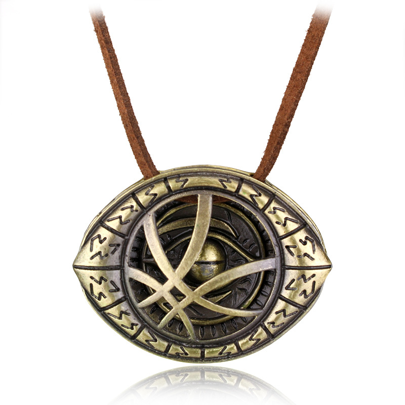 Big Doctor Strange Necklace Dr.Strange Steve Cosplay Agamotto Eye Pendent Necklace Genuine Leather Chain Jewelry Gift For Men